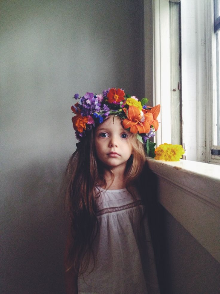 big flower crown...one day I hope my princess will keep a crown on her head