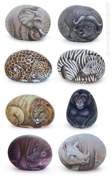 African animals - acrylic on rocks - cm. 9 | Original communion favors, unique pieces of art completely hand-painted on natural rocks by Roberto Rizzo | www.robertorizzo.com