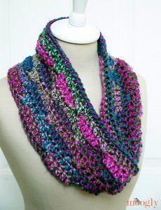 free #crochet pattern Single Skein Grapevine Cowl