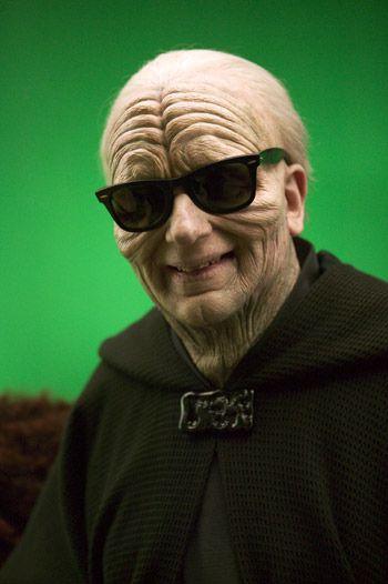 Ian Mcdiarmid behind the scenes of Star Wars Episode III.