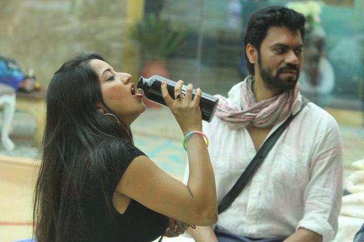 #BB10: Gaurav has 'HOTS' for Monalisa?!  http://tellygossips.me/bb10-gaurav-hots-monalisa/