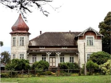 Old colonial house Llanquihue lake, Chile