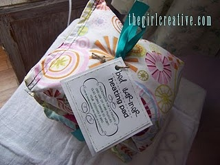 rice filled heating pad: Exchange Gifts, Girls Creative, Crafts Ideas, Homemade Heat, Gifts Ideas, Homemade Gifts, Handmade Gifts, Girls Heat Pads, Beds Warmers