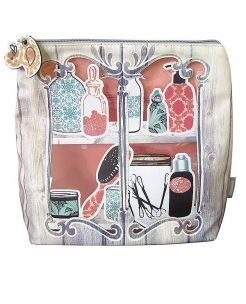 Carnaby Washbag, vintage inspired design to store all your beauty essentials.