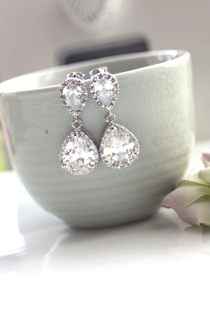 Pear Drop Earrings. Lovely for brides & bridesmaids!