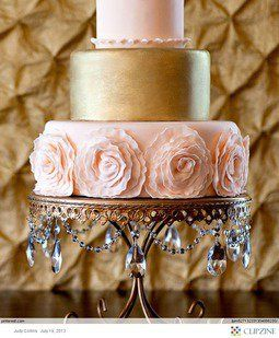 Gold & Bronze Wedding cake - beautiful