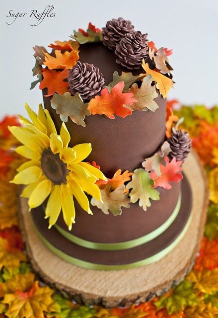 Sugar Ruffles- Autumn Cake with autumn leaves, pinecones and sunflower.
