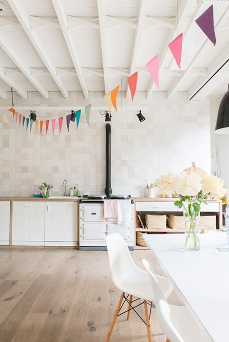 An inside look into a Scandinavian house in the center of Ghent