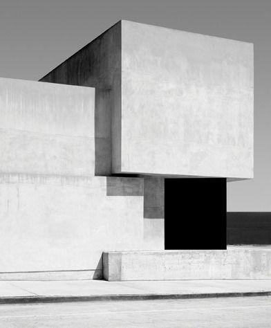 Soviet, Cold War & Brutalist Architecture / tumblr_lgafjcQKPk1qb68g6o1_400.png 392×474 pixels