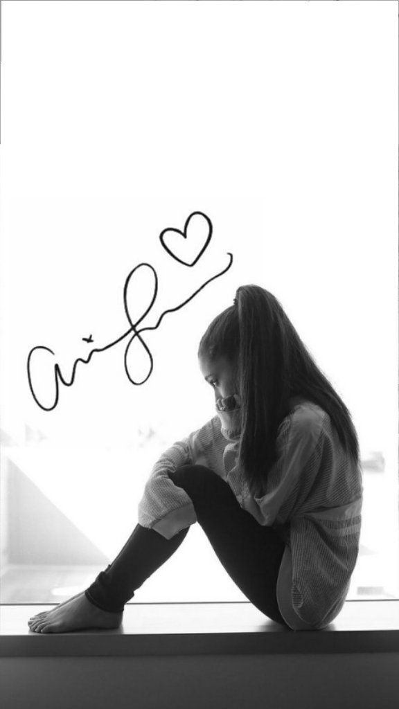 Wallpaper Lockscreen Ariana Grande
