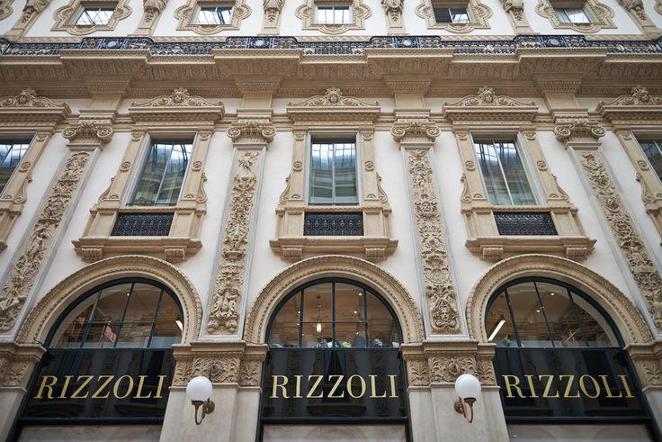 Riapre a Milano, dopo quattro mesi di restauro, la nuova libreria Rizzoli Galleria.