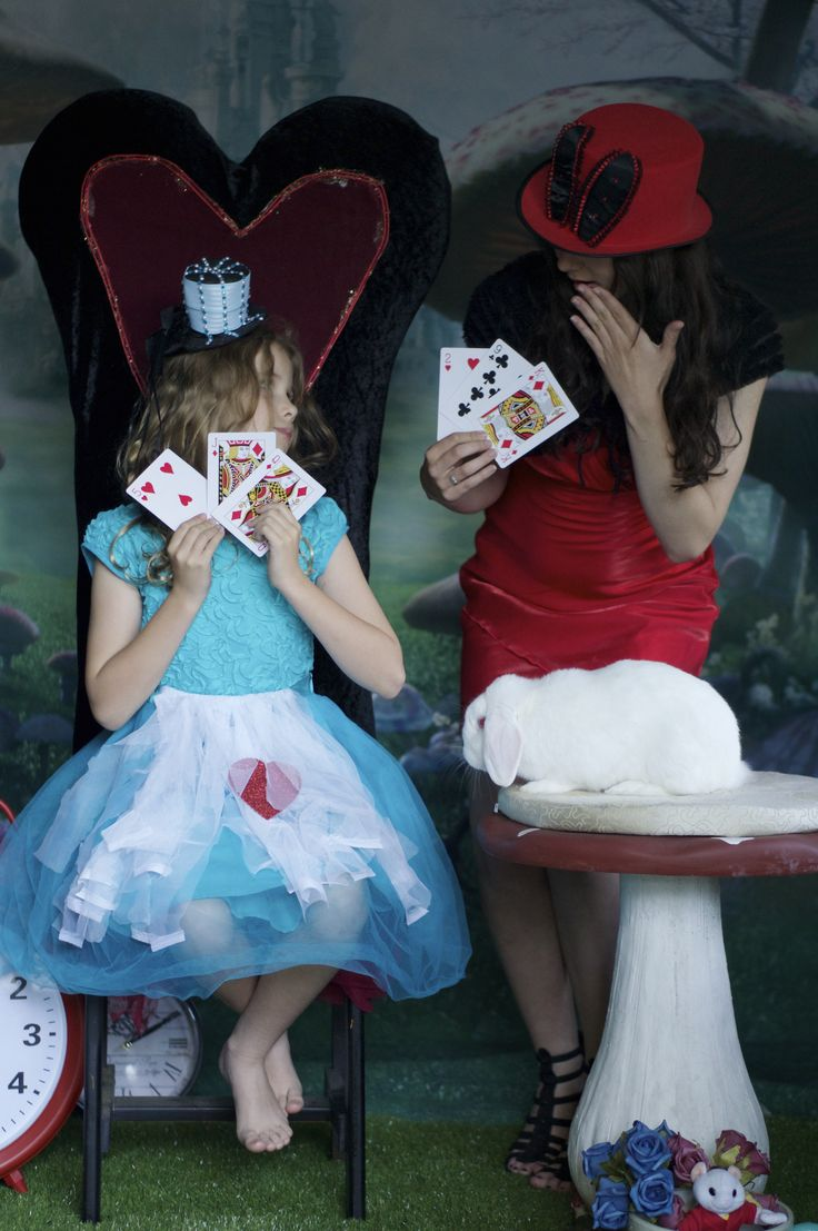 alice in wonderland  bunny cards backdrop photoshoot