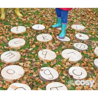 ALPHABET STEPPING WOODEN DISCS (26PK) - Literacy - Early Years - Cosy Direct