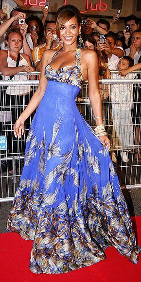 so pretty: Cannes Film Festivals, Dereon Dresses, Dresses Long Shorts, Beyonce Wear, Cannes 2006, Beyonce 2006, Beyonce Knowles, Queen Beyoncé, Beyonce Jigga Jayonc