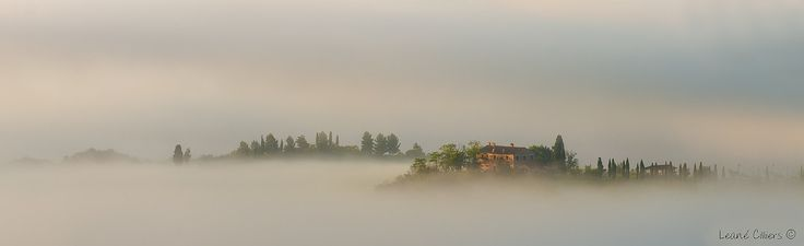 The Misty unsung Villa by Leane on 500px