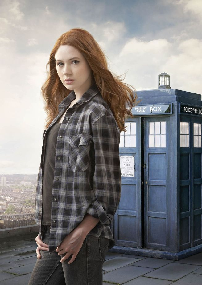 Doctor Who: Karen Gillan defends Steven Moffat against 'sexism accusations' - Mirror Online
