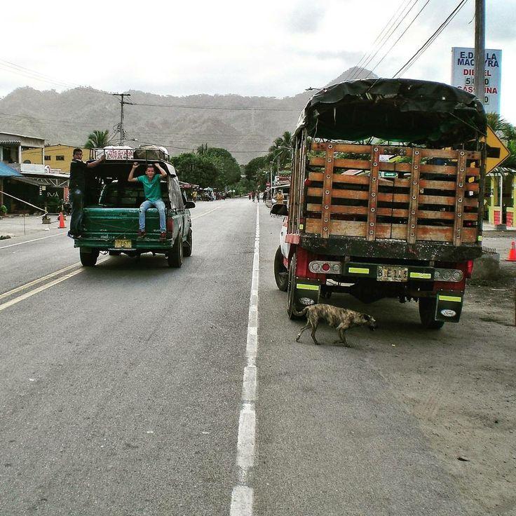 Straße von Palomino in La Guajira nach Santa Marta, vorbei geht es am Tayrona-Nationalpark und der Sierra Nevada de Santa Marta
