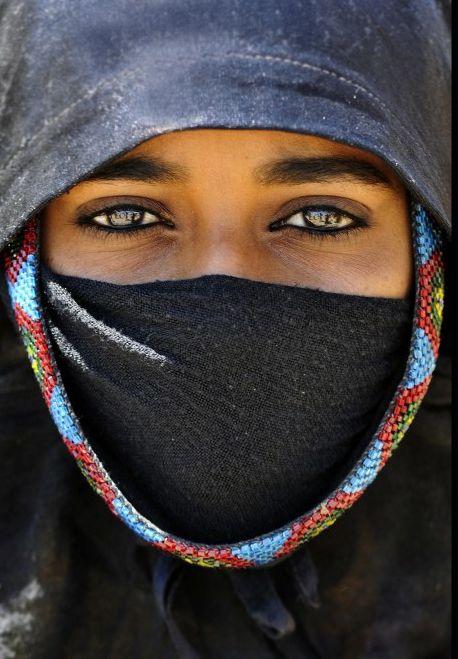 Africa | Bedouin woman in black desert Egypt |