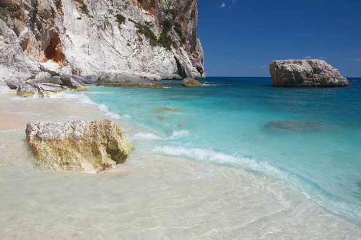 Ccasa vacanze 11/12 posti letto  a Flussio (Oristano) www.perterrepermari.it