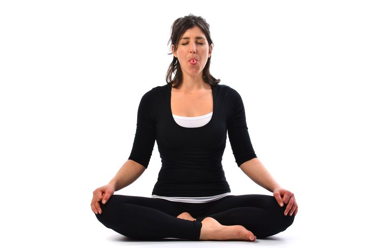 Sheetali Pranayama cools the body. Sheetali in Sanskrit means Sanskrit. It is also called cooling breath and provides relaxation to your body and mind.