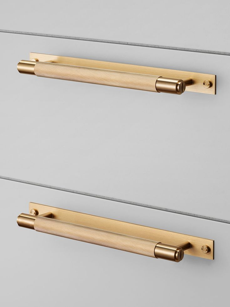 CABINET PULL BAR / BRASS Buster + Punch