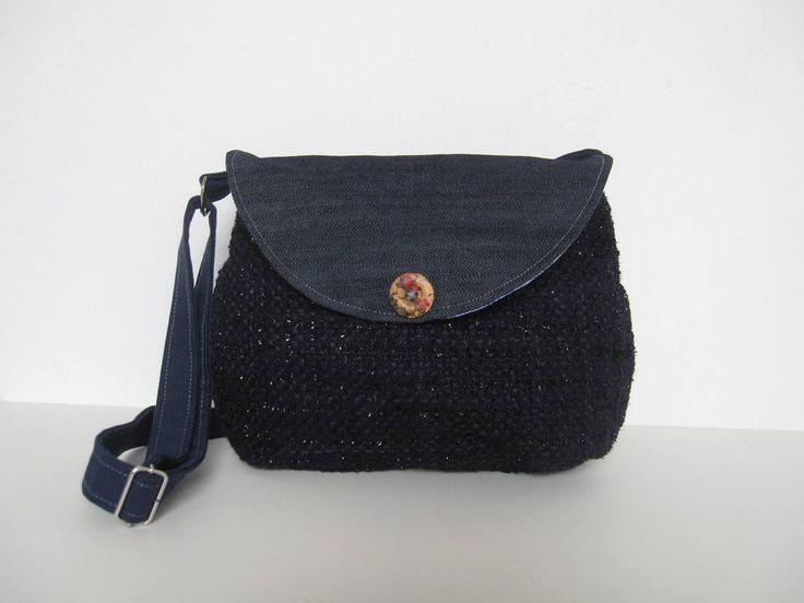 Best 20 sac bleu marine ideas on pinterest sac marin tuto sac cabas and sacs main en jean - Tuto sac besace bandouliere ...