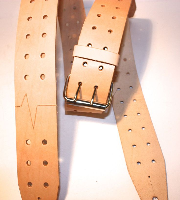 Au Naturel Custom Leather guitar strap.  Super adjustable natural leather guitar strap.  Two prong roller buckle. by FlatlineLeather on Etsy