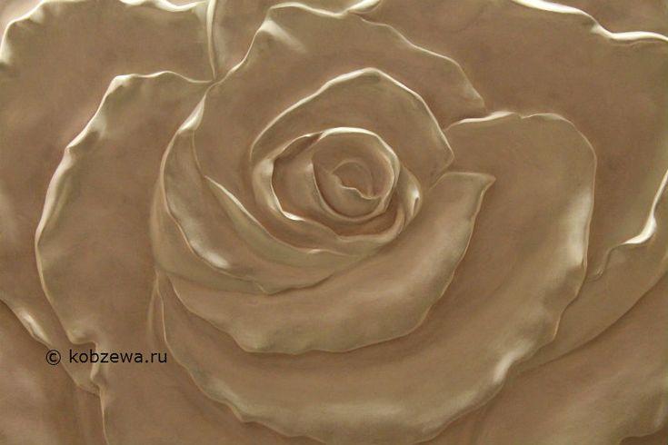 роза барельеф