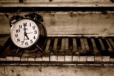 Silently time passes.Time Machine, Silent Time, Time Fly, Time Inspiration, Time Stands, 400267 Pixel, Time It, Standards Time, Time Pass