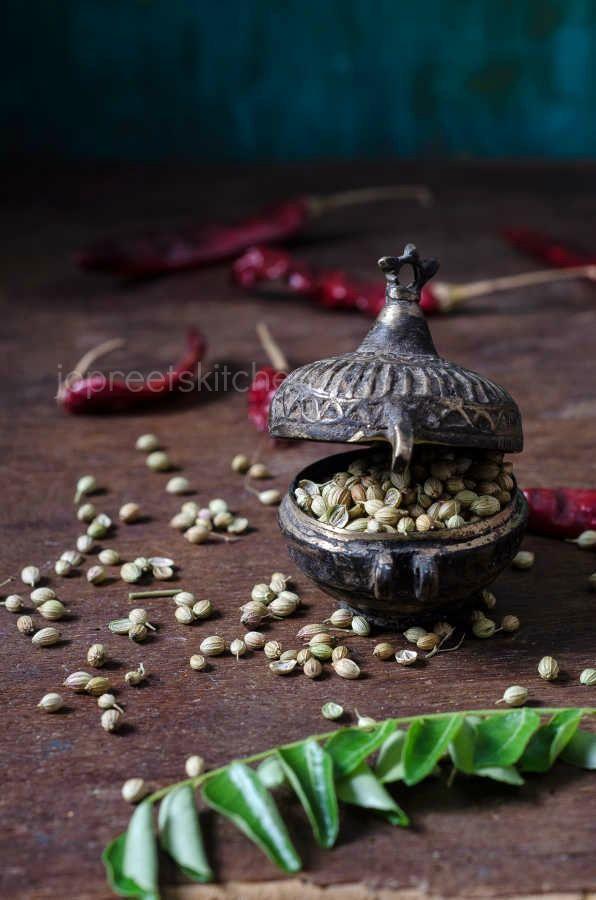 Curry Masala Powder / Non-Veg Curry Powder | Jopreetskitchen