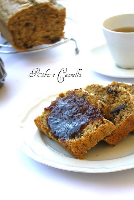 Un cake integrale ( senza zucchero) con cioccolato.. per una colazione sana, ma golosa..