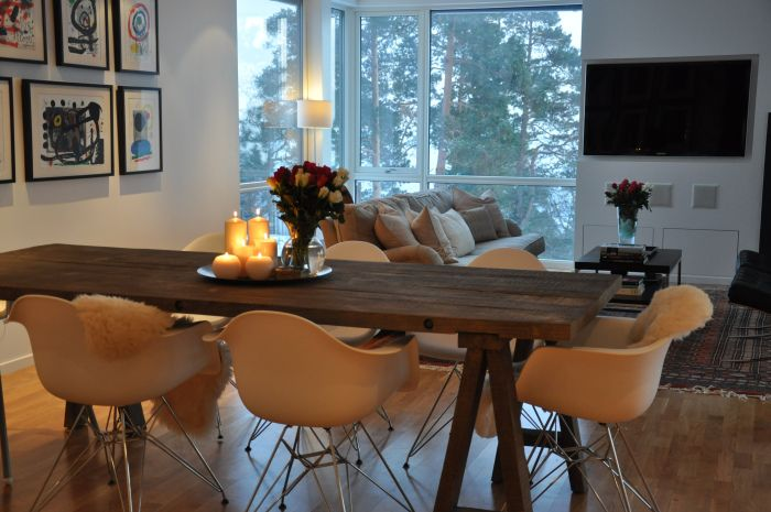 Beautiful scandinavian dining area and living room