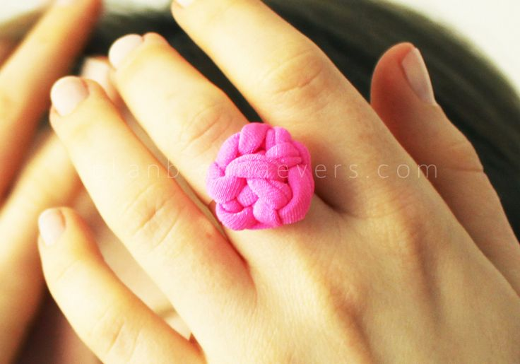 DIY knot ring