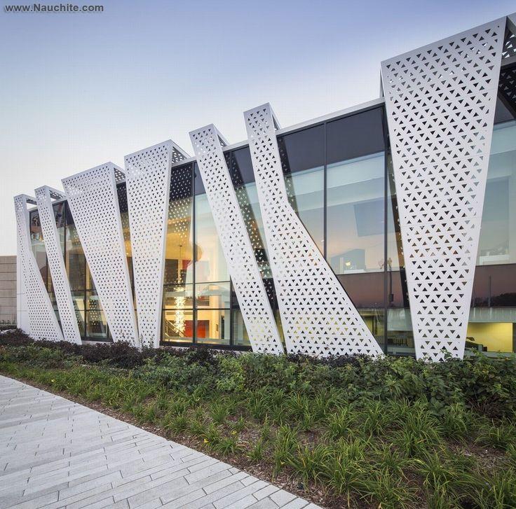 Перфорированные фасады зданий, фото