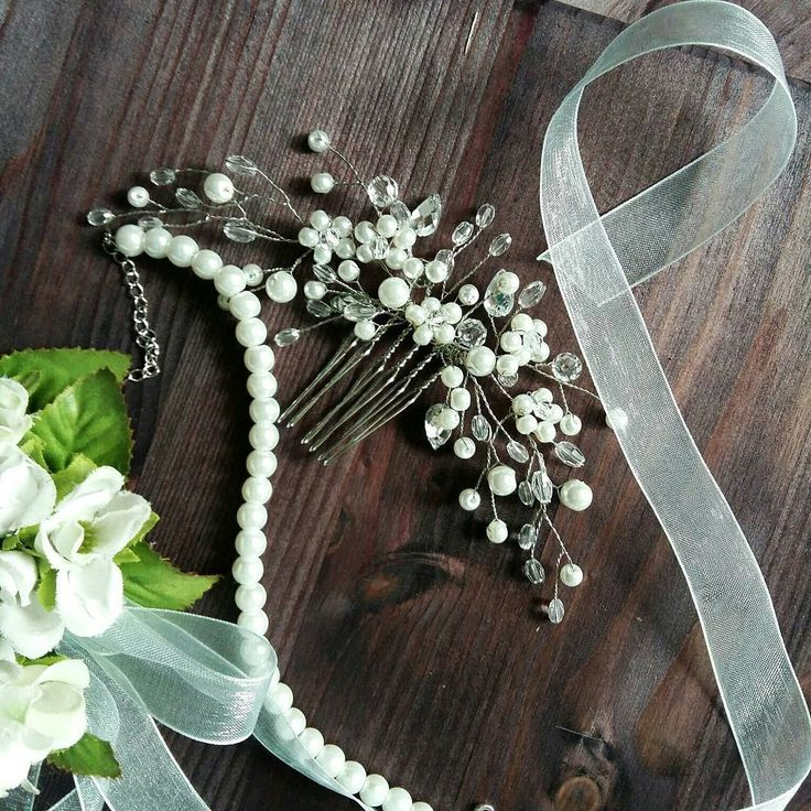 For Gabriella #wedding#liabridal#bridalheadpiece#bridalheadcomb#weddinghair#weddinginspiration#bridetobe#bridallook#etsy#bridalaccessories#headpiece#weddingaccessories#weddingdress#weddinghairpiece#weddinghaircomb#weddingchiks#weddinghairstyle#theknot#theknotrings#updo#updos#bridalaccessories
