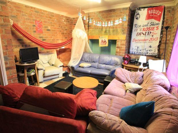 Student Accommodation Leeds | Leeds Properties| Student Lets Leeds | Student Homes | Stonehouse Properties