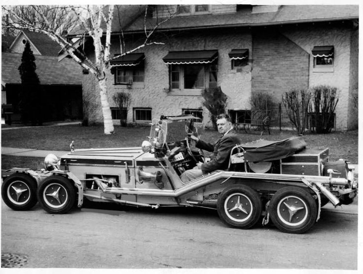 """Enoch """"Nickie"""" Johnson, Red Wing, Minnesota, was working from 1915-1960 on his car"""