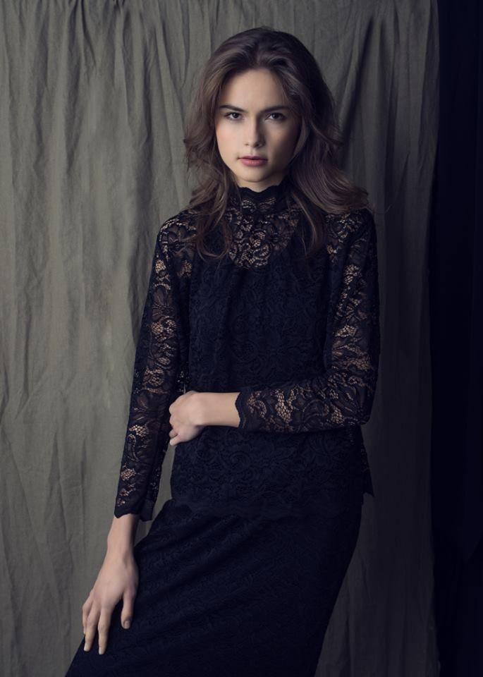 http://byinsomnia.com/kolekcja/jesien-zima-2014/susannah-blouse?variant_id=8612