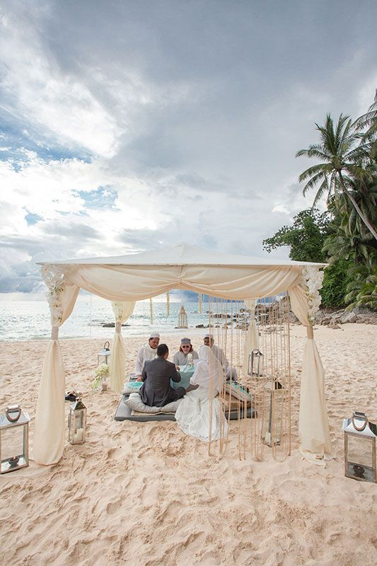 Wedding Boutique Real Weddings gallery, some of our Destination Wedding Photos, Beach Wedding, any religion, Indian, Thai ceremony, Muslim Wedding Phuket.