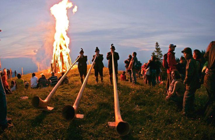 Johannisfeuer im Chiemgau - Summer Equinox Bonfires in Bavaria