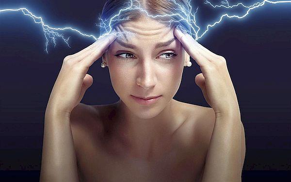 Ne Kadar Hızlı Düşünüyoruz? >> Özgür irade var mı diye soran profesör düşünce hızını ölçtü  Nörologlar insan beyninin #düşünce hızını ölçmek için kolları sıvadı. Amaç özgür irade var mı sorusunu yanıtlamak ve yeni kablosuz telepati teknolojileri geliştirmek. İnsan beyni ne kadar hızlı düşünüyor ve bir şeyin farkına varıp bilinçli kararlar almamız ne kadar sürüyor?