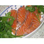 Оригинальный способ маринования красной рыбы. Джин, можжевеловые ягоды 1 ст. ложка