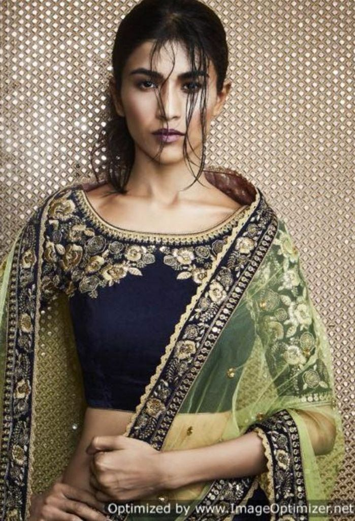 Product Code 5070 Weight 3 KGS Delivery Days 20 Days Pallu Contrast Pista Green Mono Net Dupatta With All Over Hand Bootis And Border With Leaf Motif Skirt Navy Blue Velvet Lehenga With Floral Heavy E