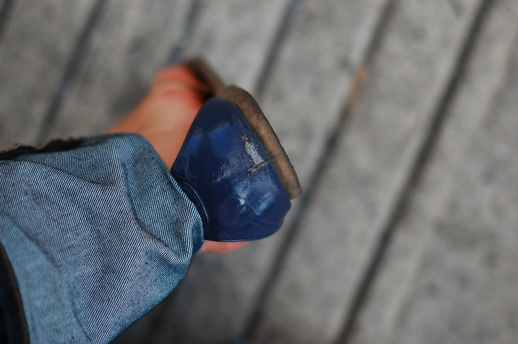 WTF Montreal get your pavements fixed you wrecked my favourite sandals!!!!      Photo by Danielle La Valle