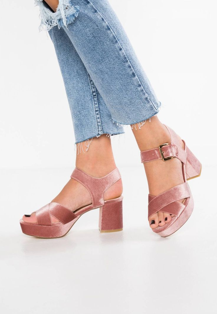 "Office. Platform sandals - pink. Pattern:plain. Sole:synthetics. heel height:3.0 "" (Size 4). Platform height:1.5 "" (Size 4). Padding type:Cold padding. Shoe tip:open. Heel type:block heel,platform toe. Lining:imitation leather. sh..."