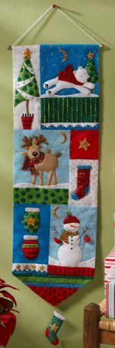 Bucilla 86191 Christmas Patchwork Wall Hanging Felt Applique Home Accent Kit