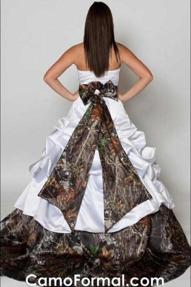 Country wedding dress country wedding dresses for Camo and pink wedding dresses