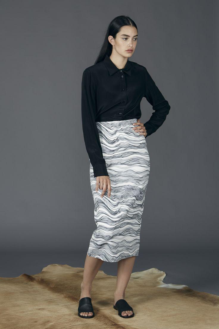 Aster Pencil Skirt - Fine Line Print