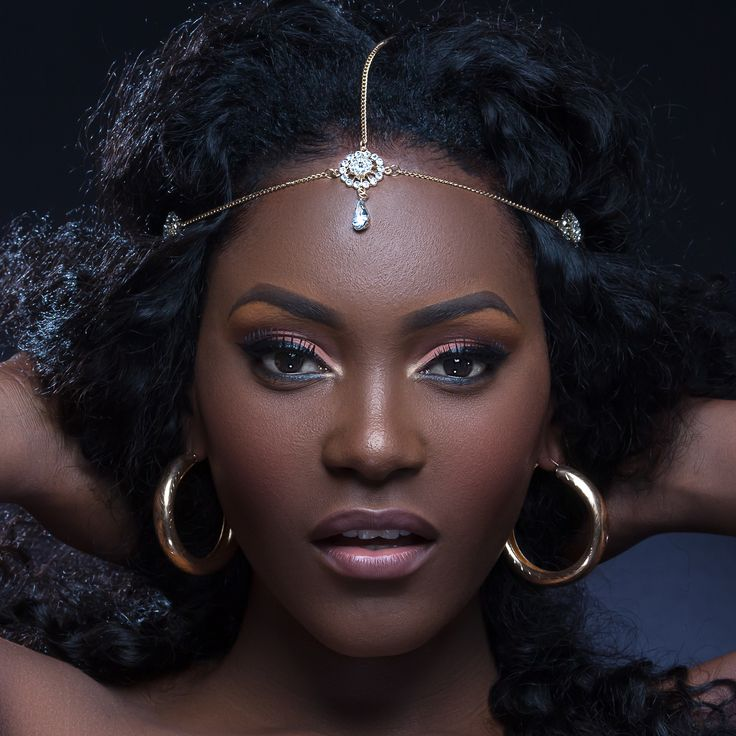 Beautiful African hot queen by Affolaby James Franck