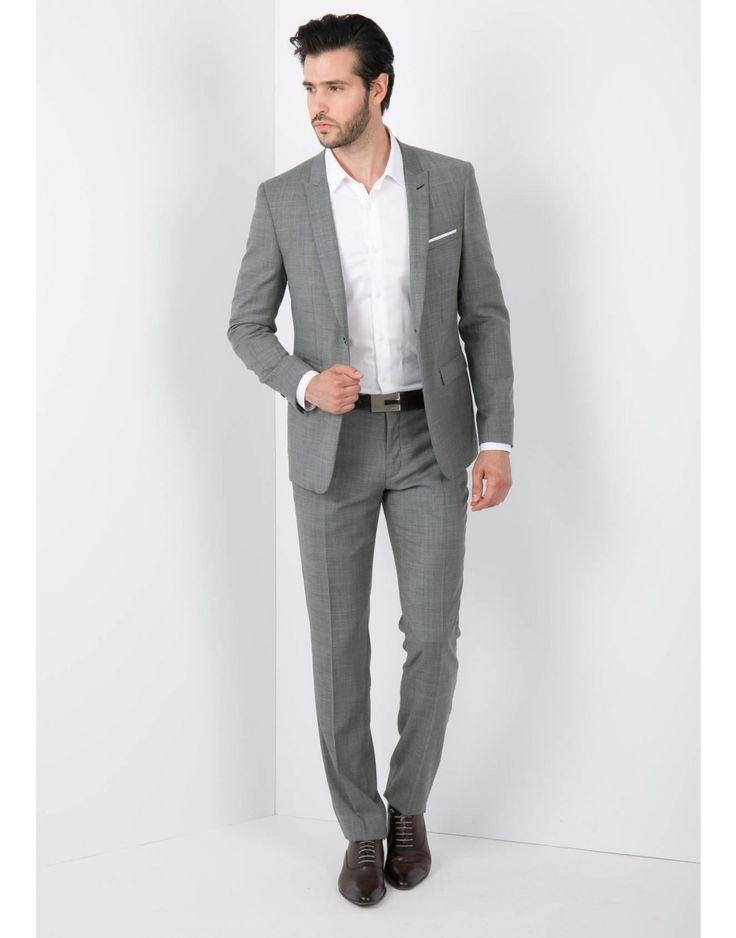 Les 25 meilleures id es de la cat gorie pantalon gris homme sur pinterest homme pantalon - Costume homme gris clair ...